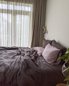 Graphite bedding from soft linen