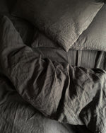 Afbeelding in Gallery-weergave laden, Graphite linen duvet cover