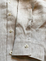 Afbeelding in Gallery-weergave laden, Linen shirt in natural colour with band collar