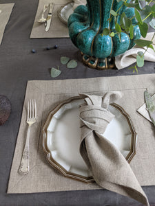 Linen table placemat in natural thick flax