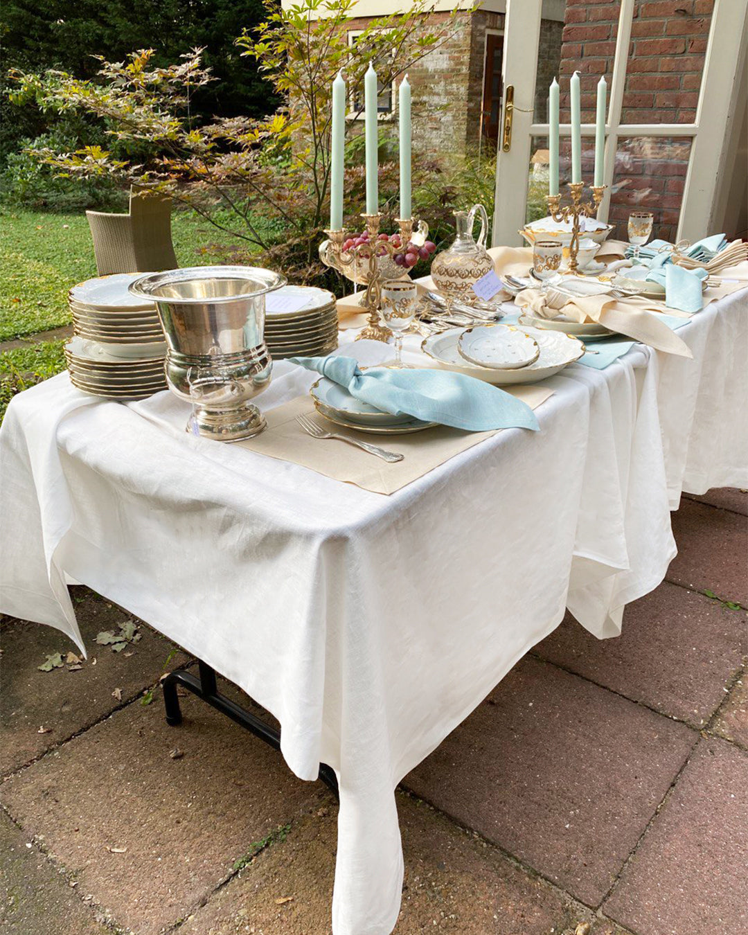 Tablecloth from white soft linen