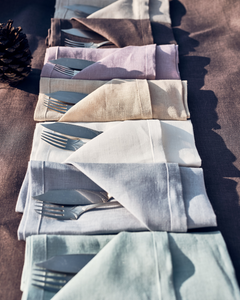 Linen napkins in dusty blue