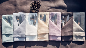 Linen napkins in lilac