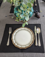Afbeelding in Gallery-weergave laden, Linen table placemat in black