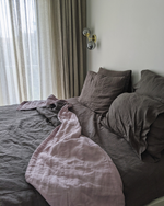 Load image into Gallery viewer, Bedspread with ecological thin linen filler in Graphite & Lilac