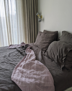 Bedspread with ecological thin linen filler in Graphite & Lilac