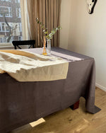 Afbeelding in Gallery-weergave laden, Tablecloth from graphite linen
