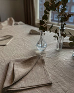 Afbeelding in Gallery-weergave laden, Tablecloth from rough natural linen