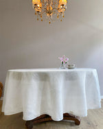 Afbeelding in Gallery-weergave laden, Round tablecloth from soft linen in white