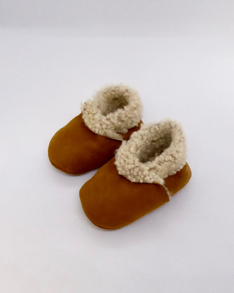 The Fantail House, Made in NZ, Lambskin Booties, 0-1 months