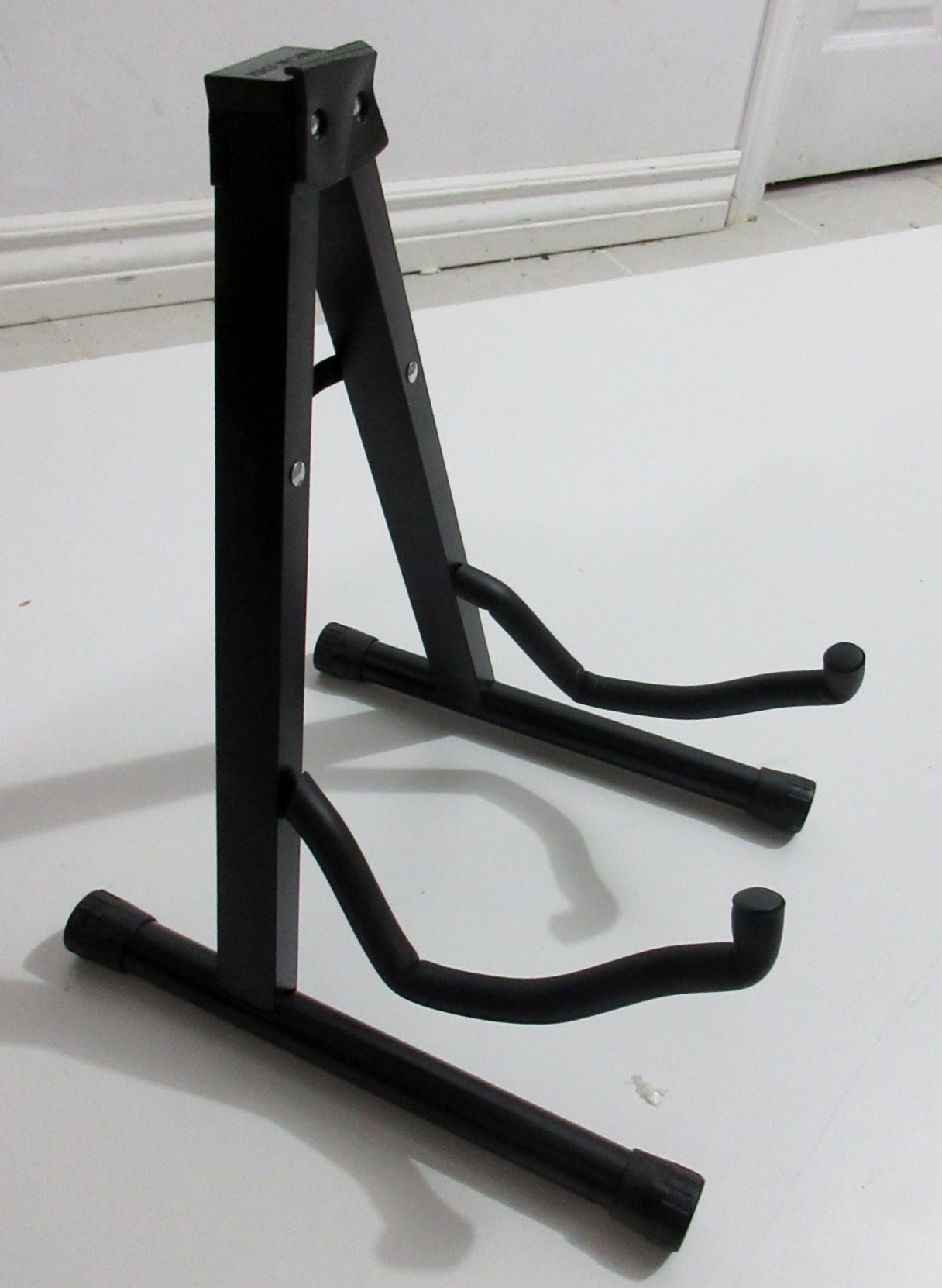 Cello Stand, for all sizes of cello. Folding