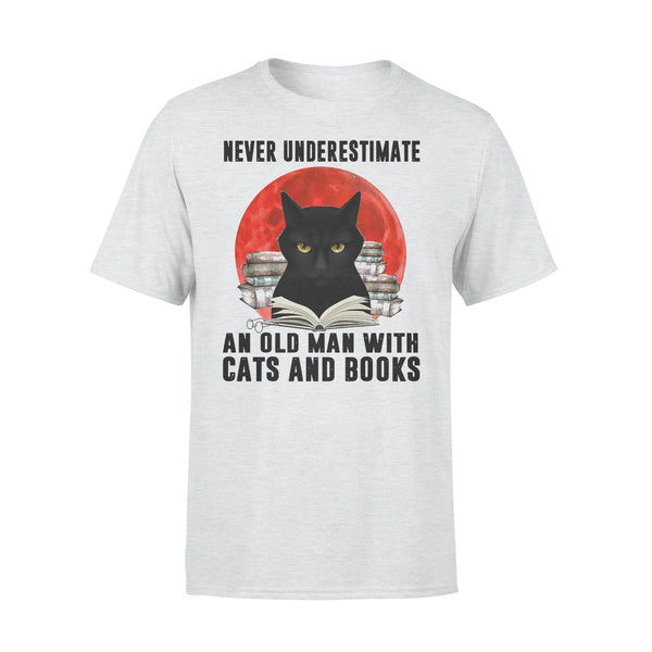 Never Underestimate An Old Man With Cats And Books Blood Moon T-shirt XL By AllezyShirt