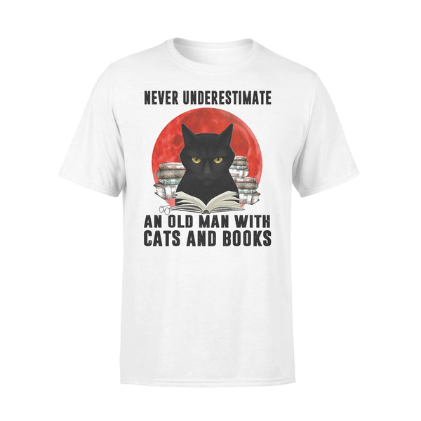 Never Underestimate An Old Man With Cats And Books Blood Moon T-shirt L By AllezyShirt