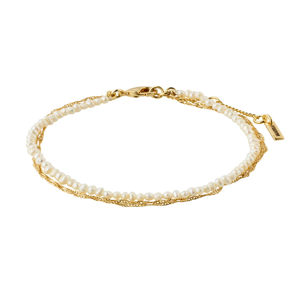 Native Beauty Gold Plated Pearl Bracelet