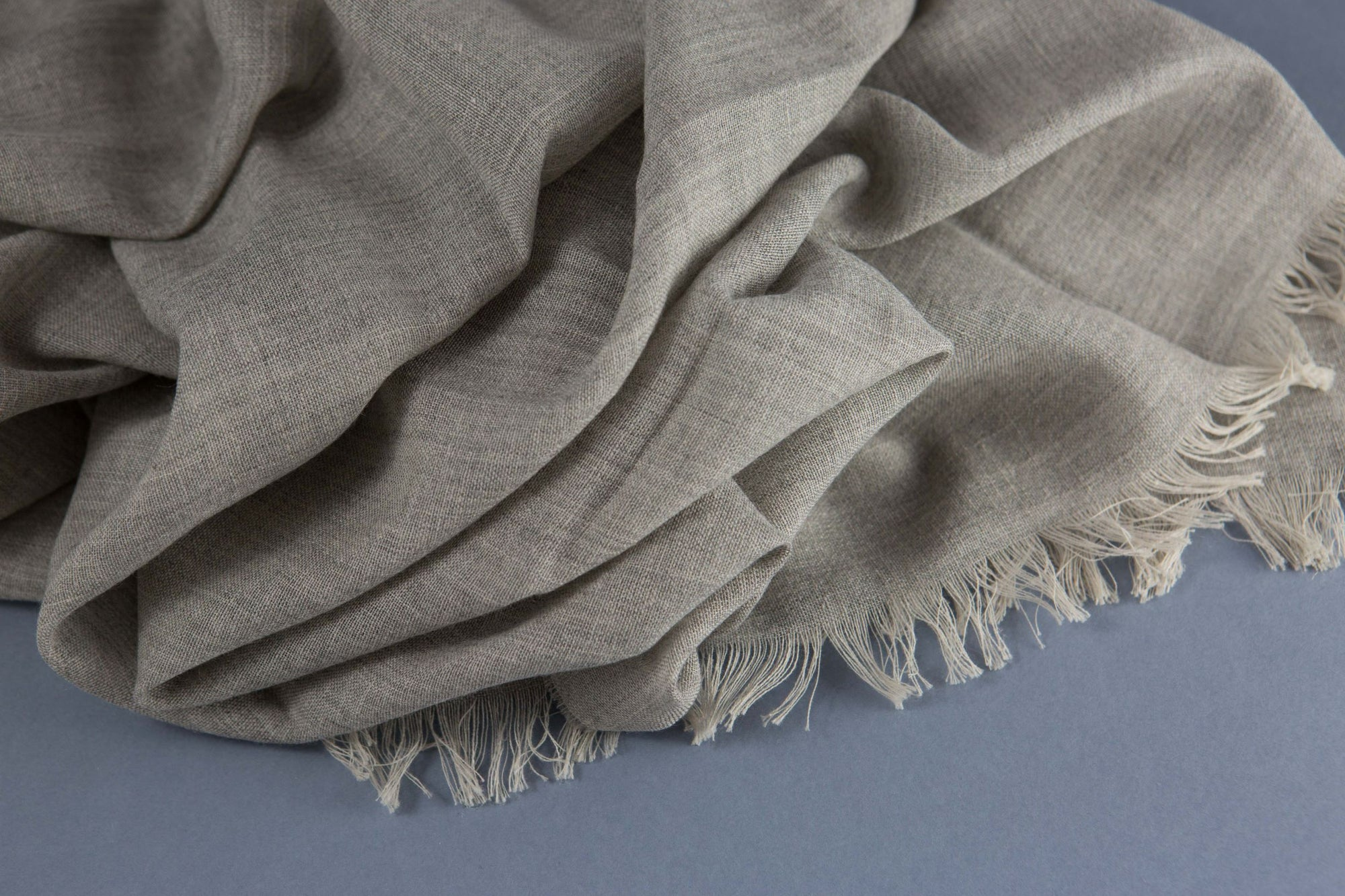 Begg & Co Lightweight scarf