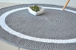 Round Knitted Rug
