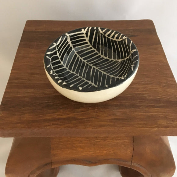 Black & White Pottery, Small Round Serving Bowl, Herringbone Detail - Two Hoots Gift Gallery