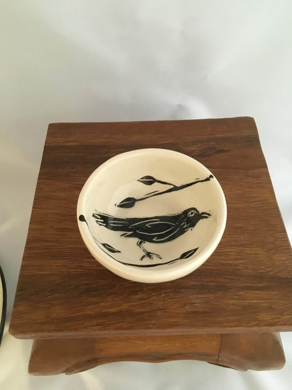 Crow / Raven Pottery, Small Round Sauce Bowl, Leaf Detail - Two Hoots Gift Gallery