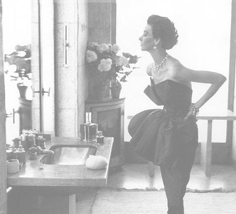 How to Accessorize Irving Penn Woman Looking in Mirror