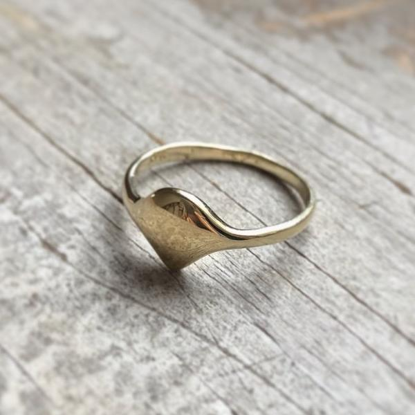 Soft Shield Ring