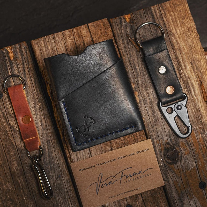 SLIM MINIMALISTIC LEATHER WALLET, FULL GRAIN LEATHER - Black                              - Exclusively on Amazon.ca