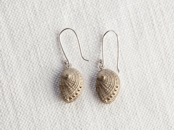 Perlemoen shell earrings
