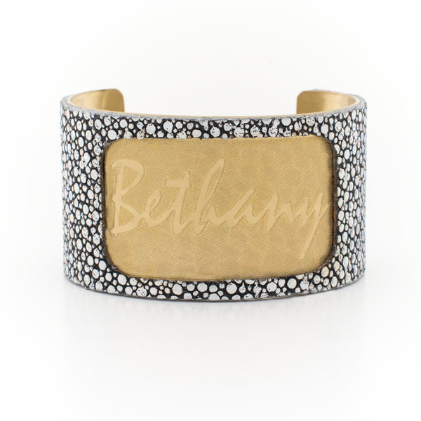 Custom Engraved Font - 1.5 Gold Custom Engraved Name with Stingray Overlay