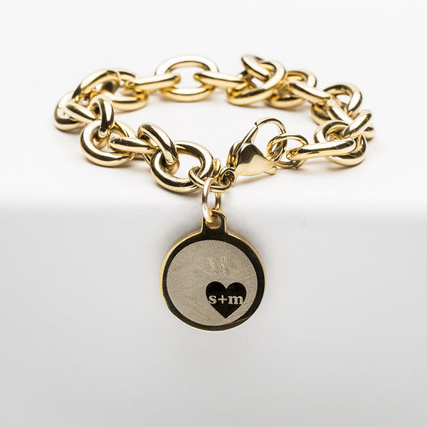 Jamie Reverse Engraved Heart in Circle Gold Chain