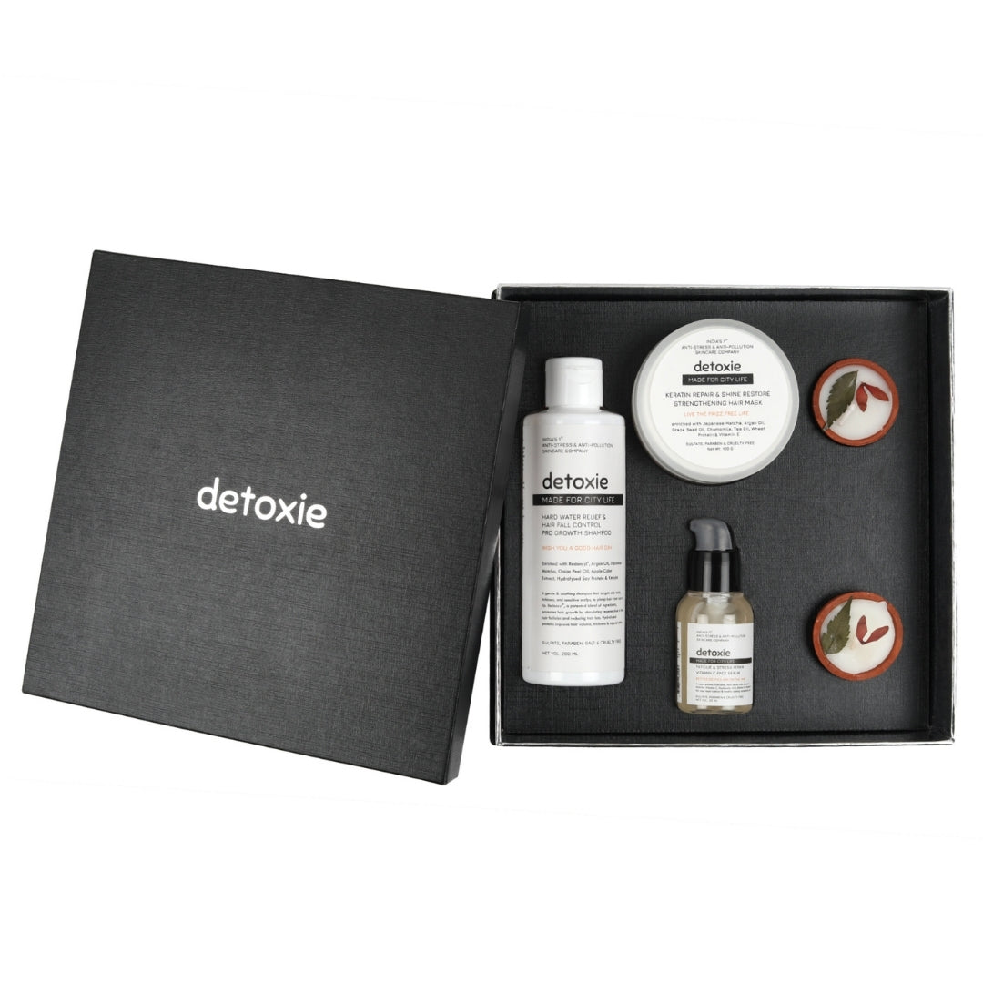 The Festive Delight Gift Box