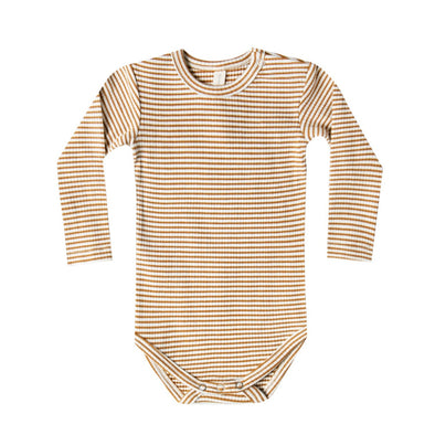 Quincy Mae - Organic Ribbed Long Sleeve Onesie in Walnut Stripe