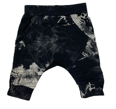 Posh Kiddos harem biker shorts in Black ice tie dye
