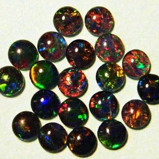 Opal Triplets 4mm round