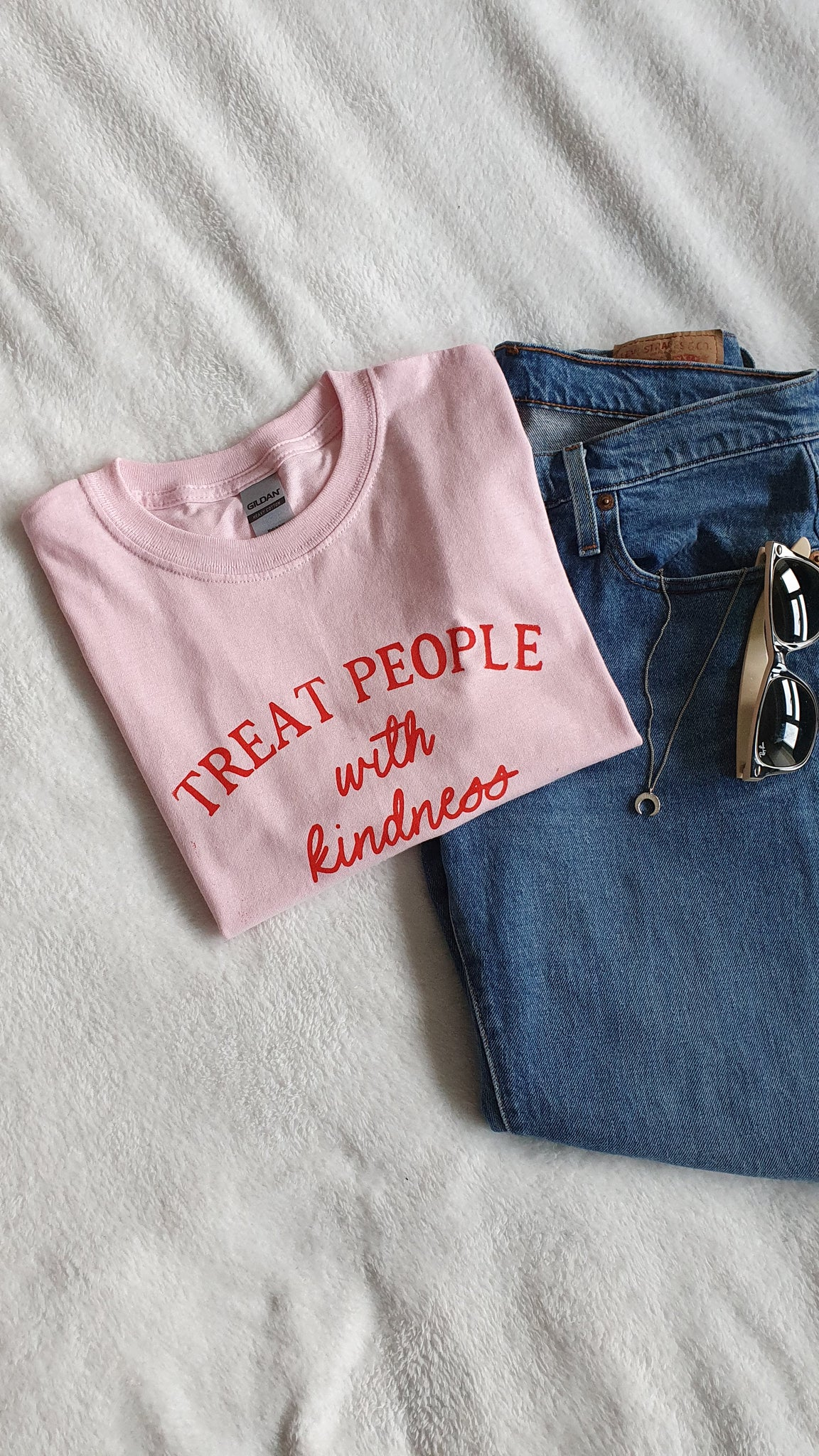 Treat People with Kindness Handprinted T-Shirt - Pink