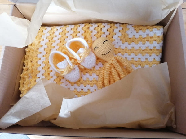 baby gift set blanket boots toy