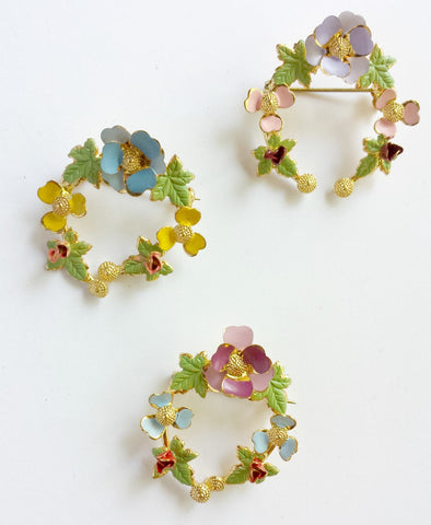 Hand Painted Enamel Flower Wreath Brooch - Accessories Of Old