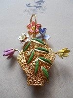 Filligree floral brooch - Accessories Of Old