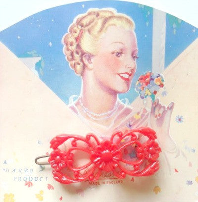 1940's hair barrette on original card - SORRY THIS ITEM IS NO LONGER AVAILABLE - Accessories Of Old