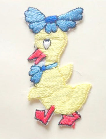 Duck with flower hat motif - Accessories Of Old
