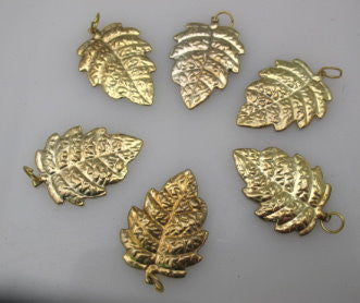 Metal leaf shaped sequin