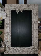 "Load image into Gallery viewer, Monarch IOD DECOR MOULD 6"" x 10"""