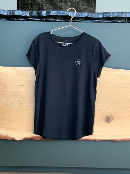 Woman's rolled t-shirt | INK Meesters