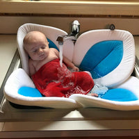 Load image into Gallery viewer, Flower Baby Bathtub Mat