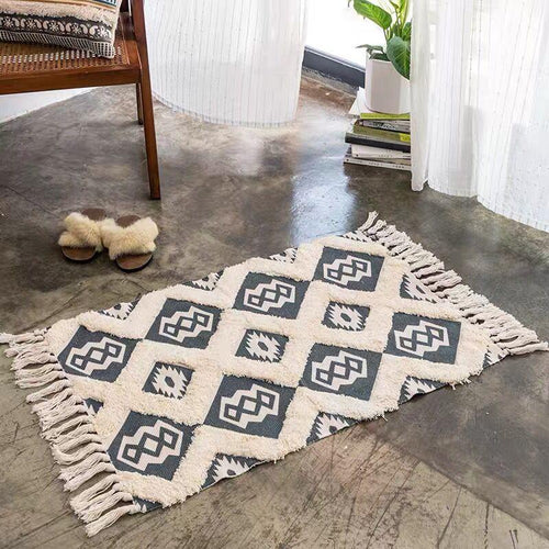 Retro Bohemian Hand Woven Cotton Linen  Tassel Carpet Rug Bedside Rug Geometric Floor Mat Living Room Bedroom Carpet Home Decor