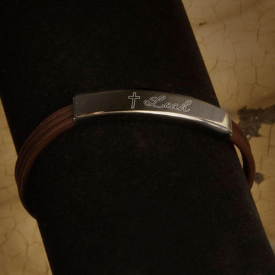 Inspirational Leather Bracelets with Engraved Cross - Brown - JDS