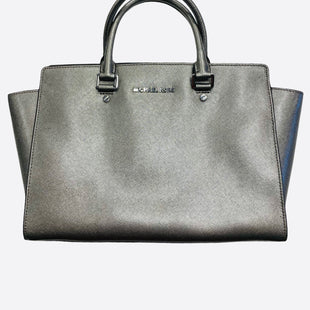 Primary Photo - BRAND: MICHAEL BY MICHAEL KORS STYLE: HANDBAG COLOR: SILVER SIZE: MEDIUM SKU: 311-31116-2082