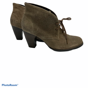 Primary Photo - BRAND: CLARKS STYLE: BOOTS ANKLE COLOR: TAUPE SIZE: 9 SKU: 311-31114-9464