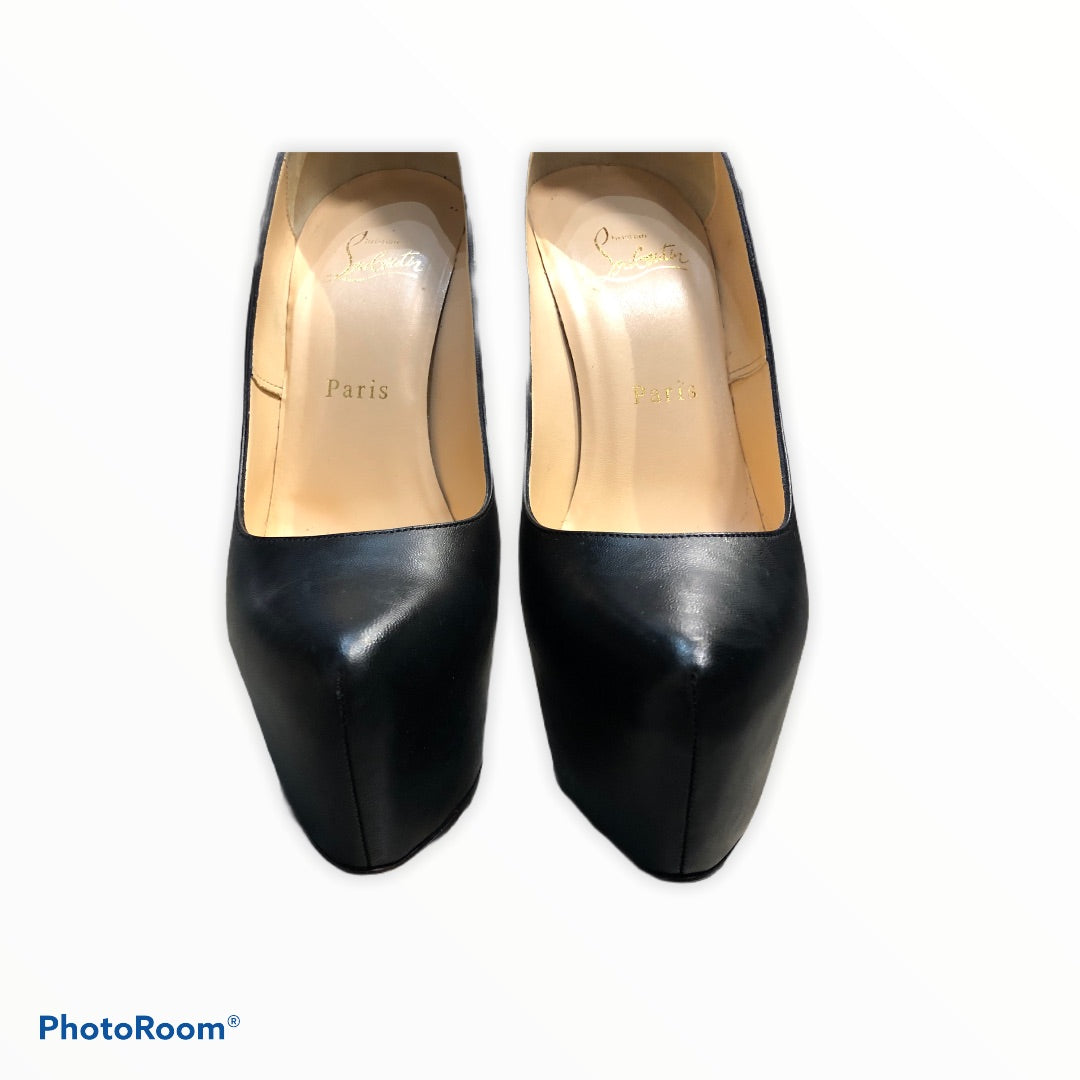 Photo #2 - BRAND: CHRISTIAN LOUBOUTIN <BR>STYLE: SHOES HIGH HEEL <BR>COLOR: BLACK <BR>SIZE: 8.5 <BR>SKU: 311-31120-14446<BR>SIZE 38.5