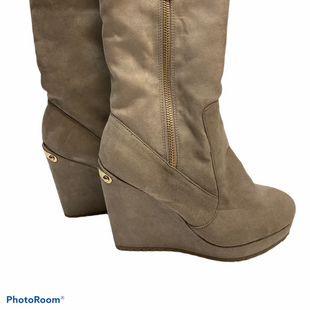 Primary Photo - BRAND: JUICY COUTURE STYLE: BOOTS KNEE COLOR: TAUPE SIZE: 6.5 SKU: 311-31120-9980