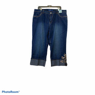 Primary Photo - BRAND: AVENUE STYLE: CAPRIS COLOR: DENIM SIZE: 18 SKU: 311-31120-16440STRETCH CAPRI'S