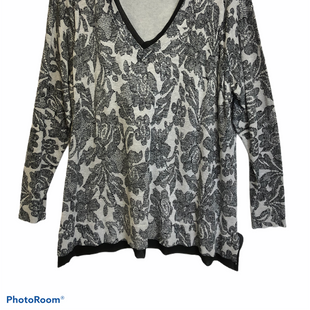 Primary Photo - BRAND: LANE BRYANT STYLE: TOP LONG SLEEVECOLOR: BLACK SILVER SIZE: 3X SKU: 311-31111-28640LIGHTWEIGHT SWEATER MATERIAL